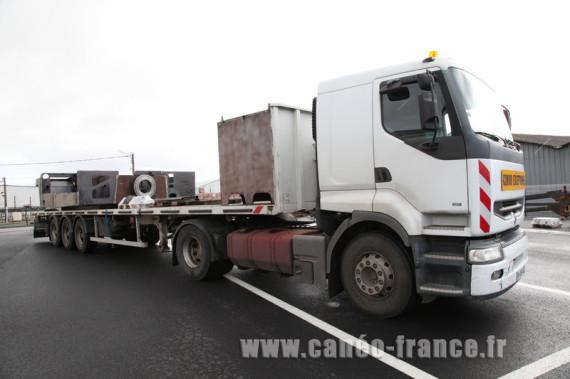 camion de 44 tonnes pour livraison caneo